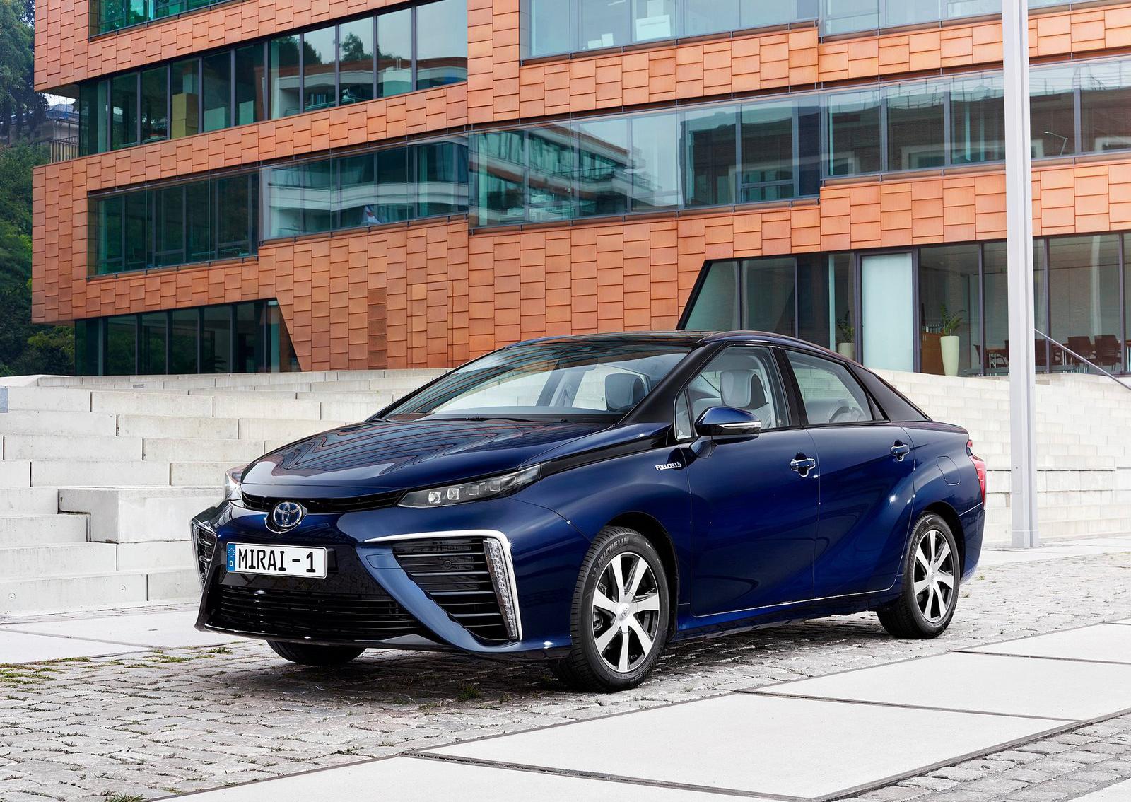 Nieuw! Automatten voor de Toyota Mirai FCV model 2019